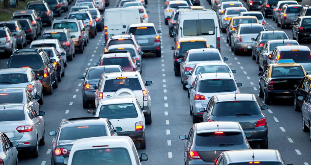 rushtrafikk på motorvei