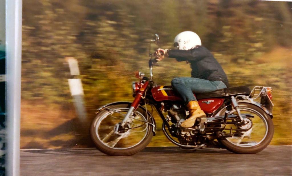 Honda CB 100 retro