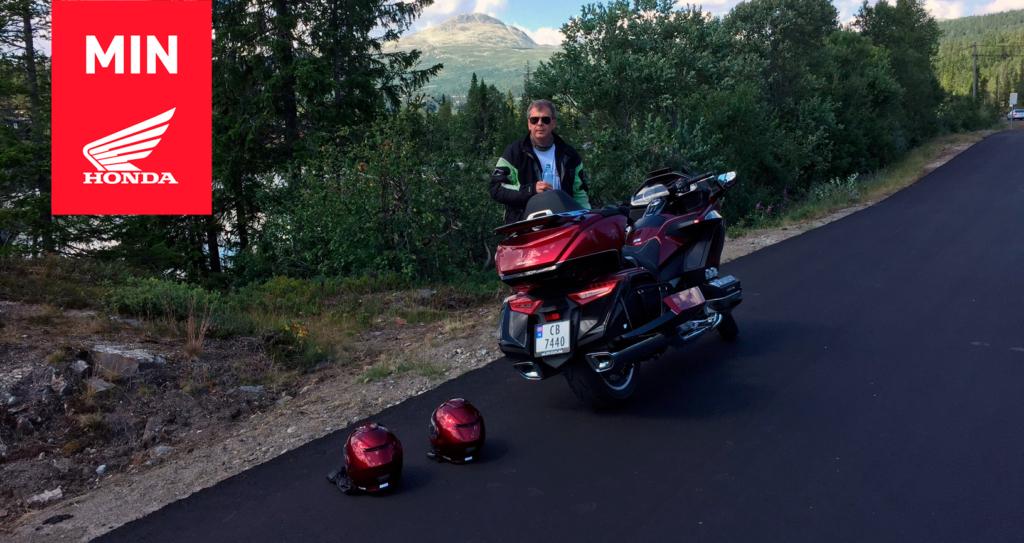 Min Honda: Tron Grønvold bak sin Gold Wing GL 1800 på tur i Norge