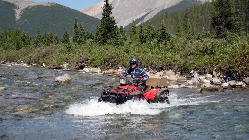 Bernt Øystein Vormeland på Honda ATV i Canada